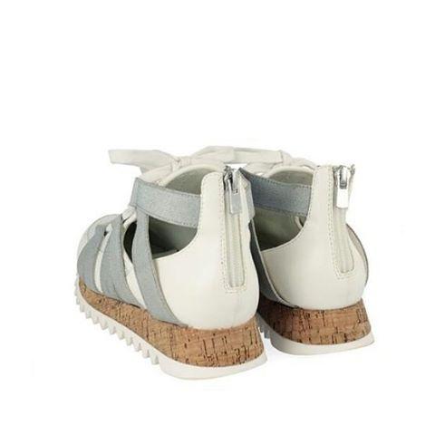 Hoy os presentamos el modelo Karlie de la marca GIOSEPPO. Una empresa familiar que se ha expandido por todo el mundo creando modelos como este. Una sandalia fresca y actual que no pasa de moda. Disfruta al máximo del buen tiempo combinando tus looks con estas sandalias.☀ Envíos gratis 24/48h #HTers #HashTags #bestoftheday #fashion #igers #instashoes #instashot #picoftheday #shoes #shoes4sale #shoesaddict #shoesday #shoesdesign #shoesforsale #shoeshopping #shoeshot #shoeslover #shoesoff #shoesoftheday #shoesph #shoesshouts #shoestagram #shoeswag